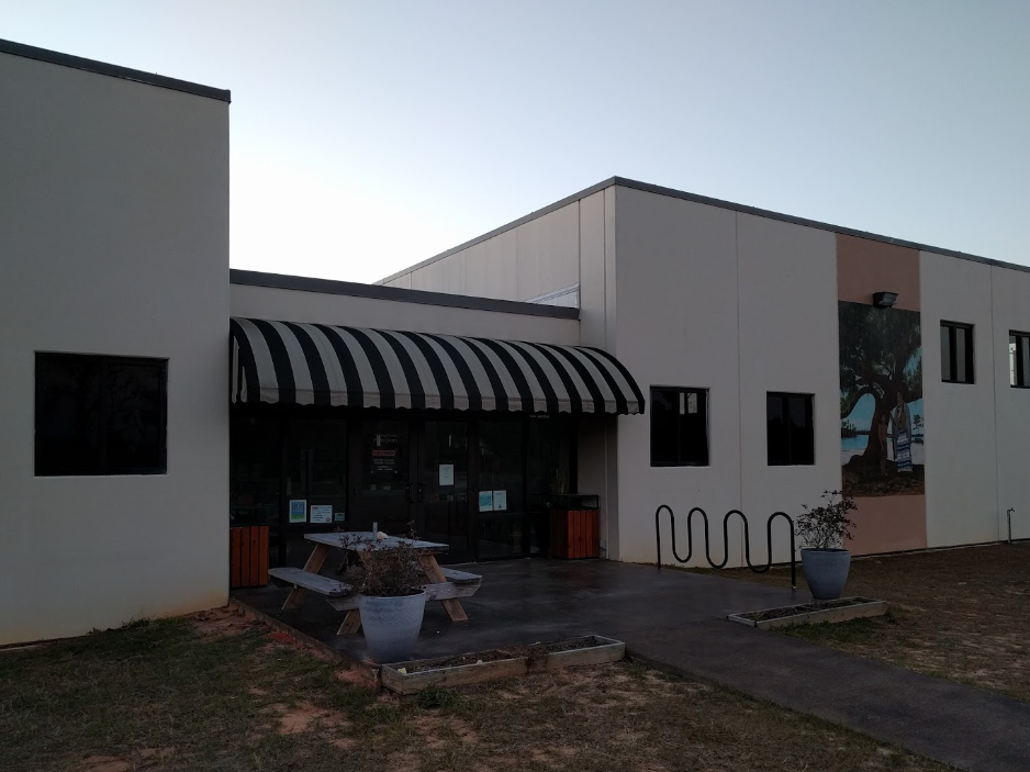 Mossy Pond Public Library